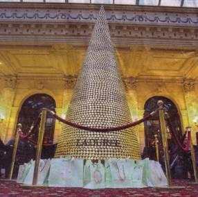 Hotel Intercontinental de París. Árbol de Navidad de dulces.