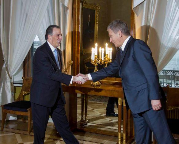 El canciller José Antonio Meade con el presidente de Finlandia, Sauli Niinistö.